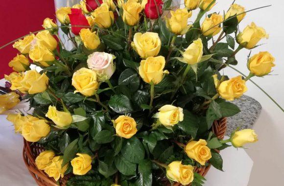rose in vaso (1)